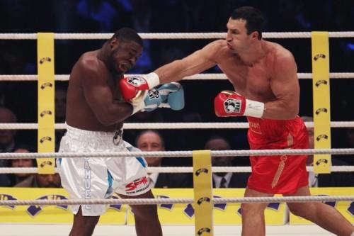 Фото как Кличко побеждает Питера